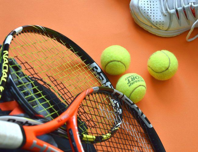 Bästa Tennisracket för Nybörjare – 11 Bäst I Test [Lista & Tips]