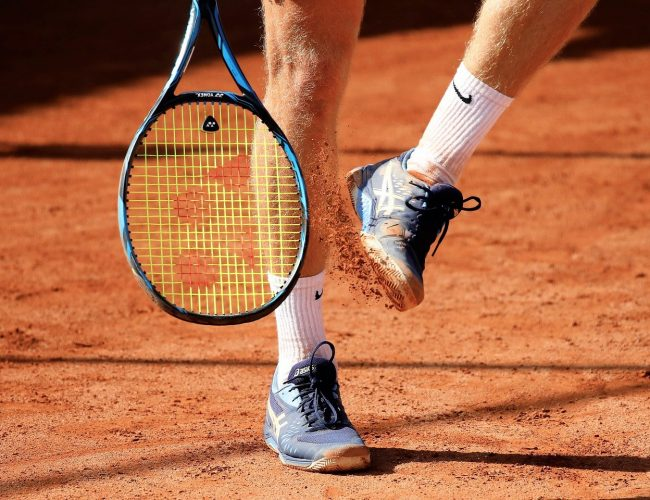 Hur Mycket Kostar Det Att stränga Ett Tennisracket?