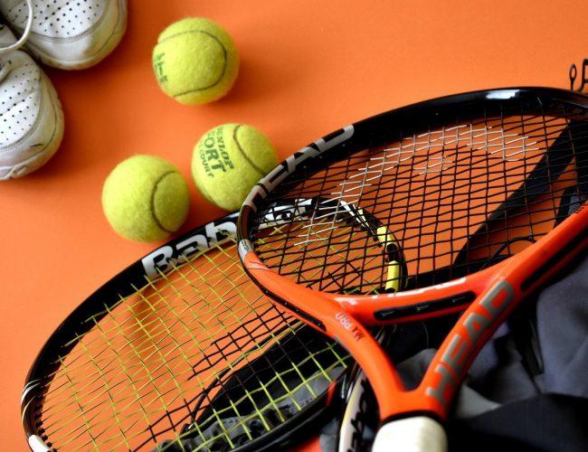Bästa Tennisracket för Motionärer – 10 Bäst I Test [Lista & Tips]